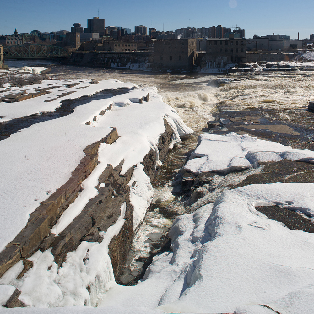 Chaudiere Falls during winter